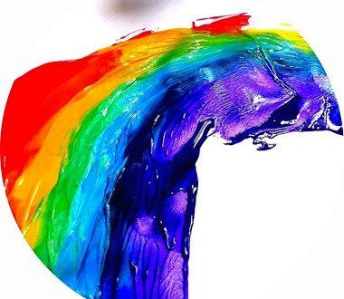 arc en ciel à la peinture à faire avec les enfants