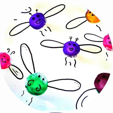 bricolage pour enfant : libellule en peinture