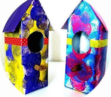 Réaliser des nichoirs à oiseaux avec une brique de lait. Une activité manuelle à faire avec les enfants