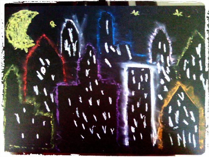 Une ville dans la nuit