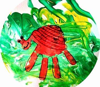 Escargot en empreinte de main, activité enfant