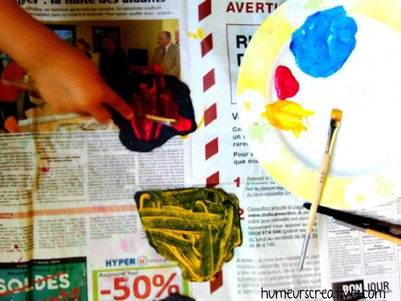 activité pour enfant : peindre sur des ardoises