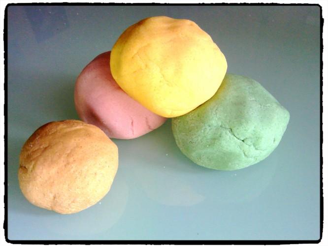 Des formes géométriques en pâte à sel