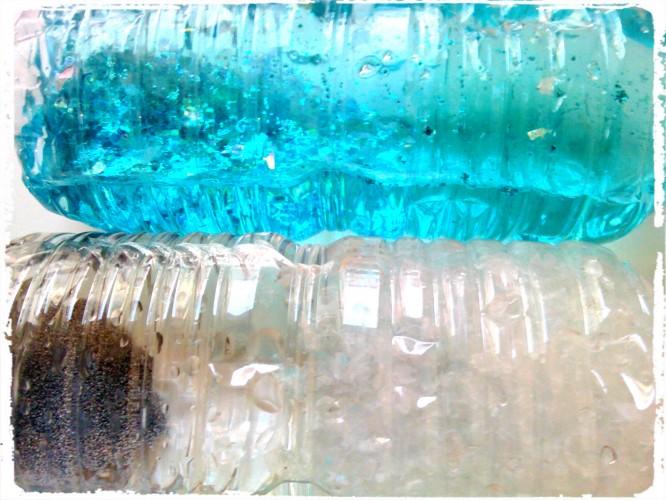 Bouteilles sensorielles d'hiver : aux couleurs de la Reine des Neiges et tempête de neige