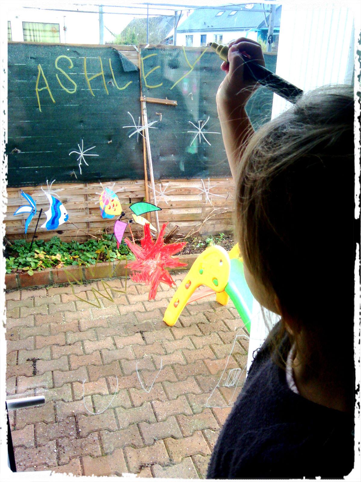 #3A7D91 Décorations De Fenêtre Pour Noël – Mes Humeurs Créatives  5491 décorations de noel pour vitres 1200x1600 px @ aertt.com