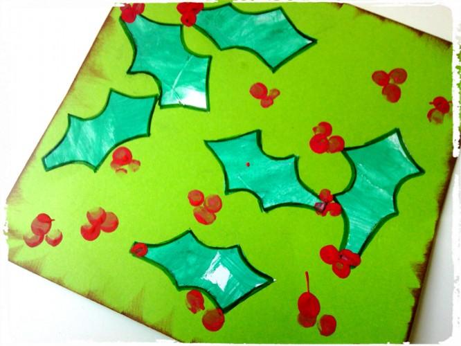 Le houx et ses baies rouges : symbole de Noël