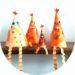 bricolage de Pâques : des poules en forme de cone
