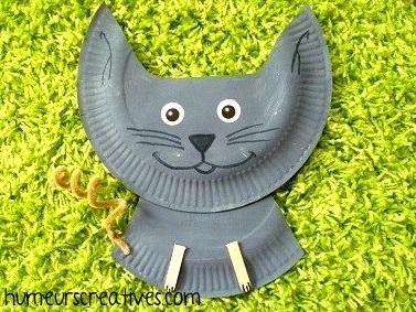 chat assiette en carton
