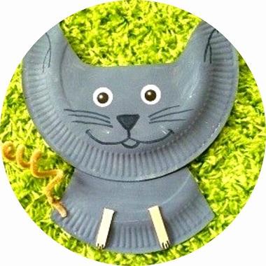 diy chat réalisé avec une assiette en carton