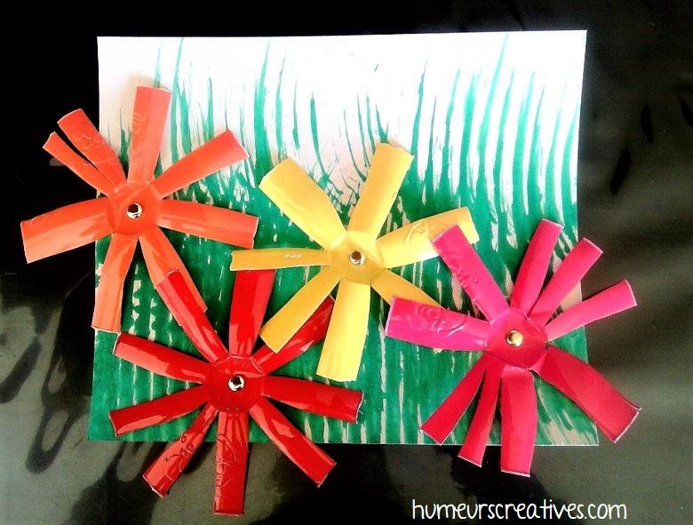 fleurs réalisées avec des pots de yaourt