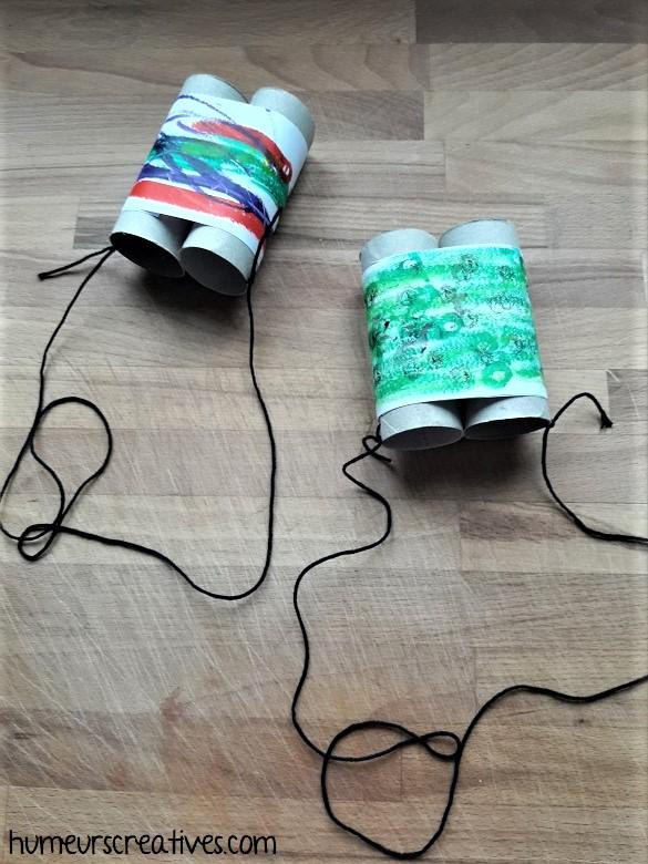jumelles en carton décorées par les enfants