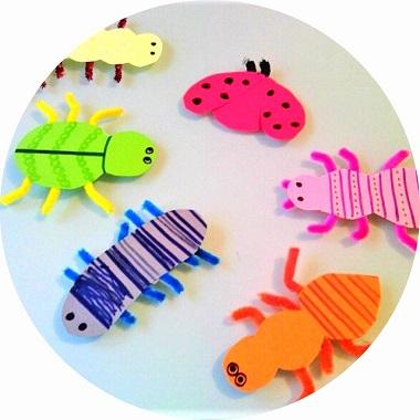 Fabriquer des insectes en papier avec les enfants