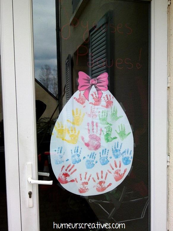 notre oeuf de Pâques accroché à la porte d'entrée