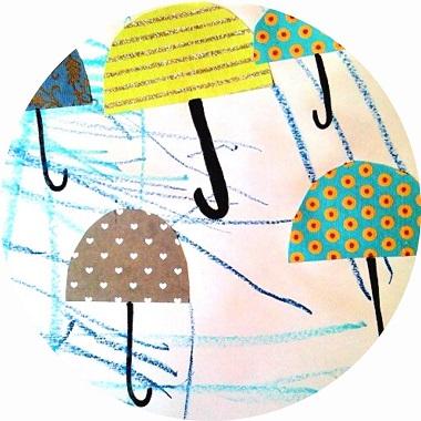 Activité manuelle sur la pluie : l'envol des parapluies