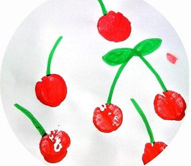 Cerises en peinture pour les enfants