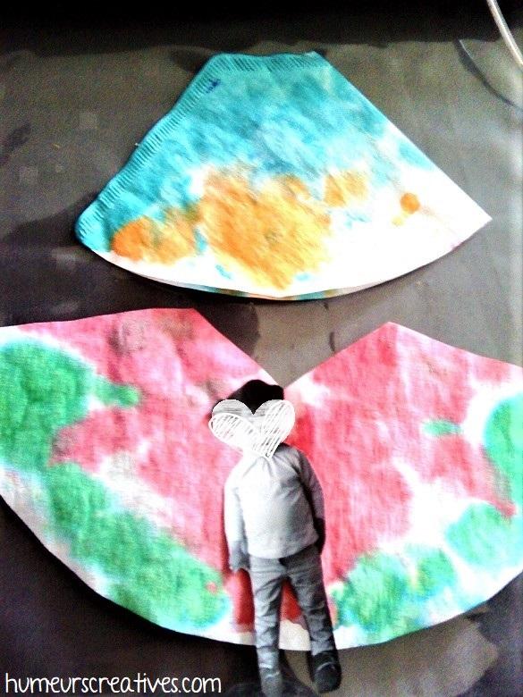 découper les ailes des papillons