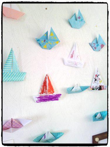Nos guirlandes de bateaux (origami)
