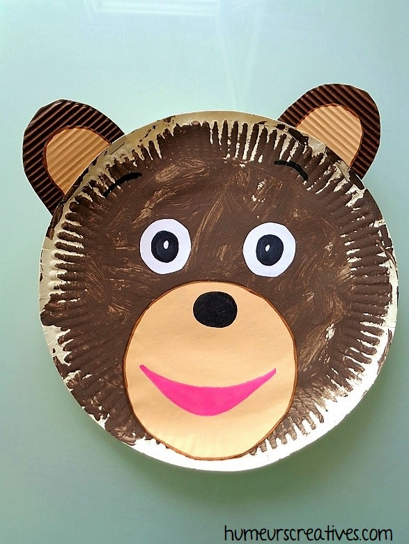 bricolage pour enfant : petit ours brun en assiette en carton