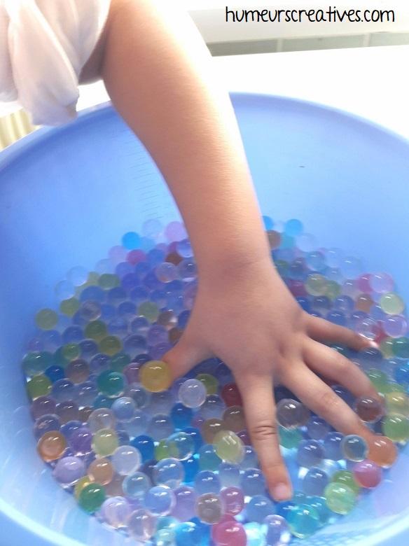découverte sensorielle perles d'eau