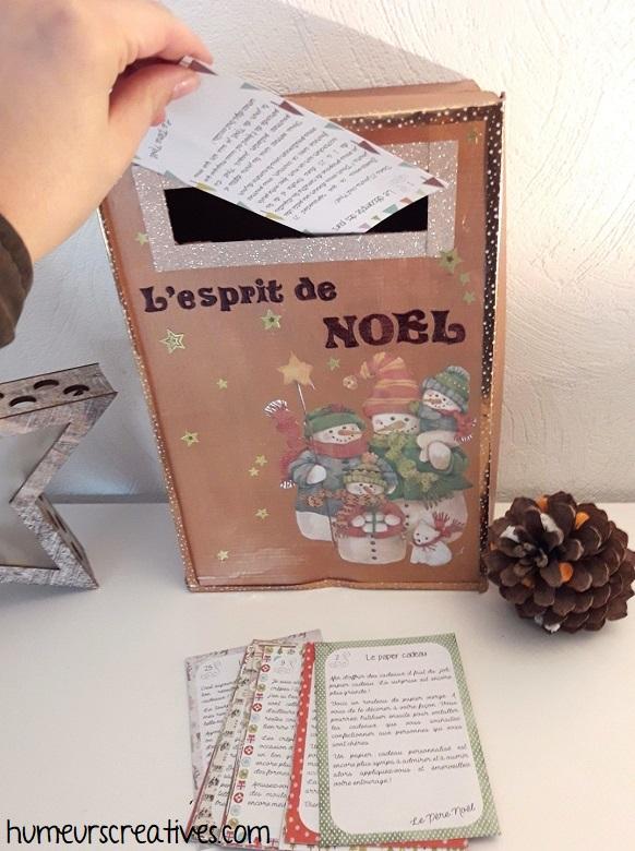 les cartes de la boite aux lettres de l'avent sur l'esprit de noel