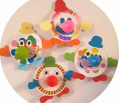 bricolage de clown fabriqué avec une assiette en carton