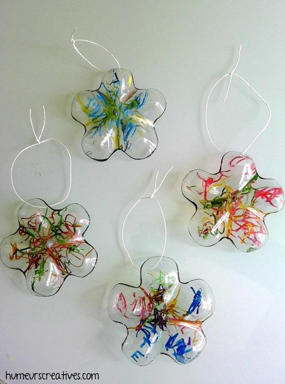 bricolage fleurs avec des bouteilles en plastique