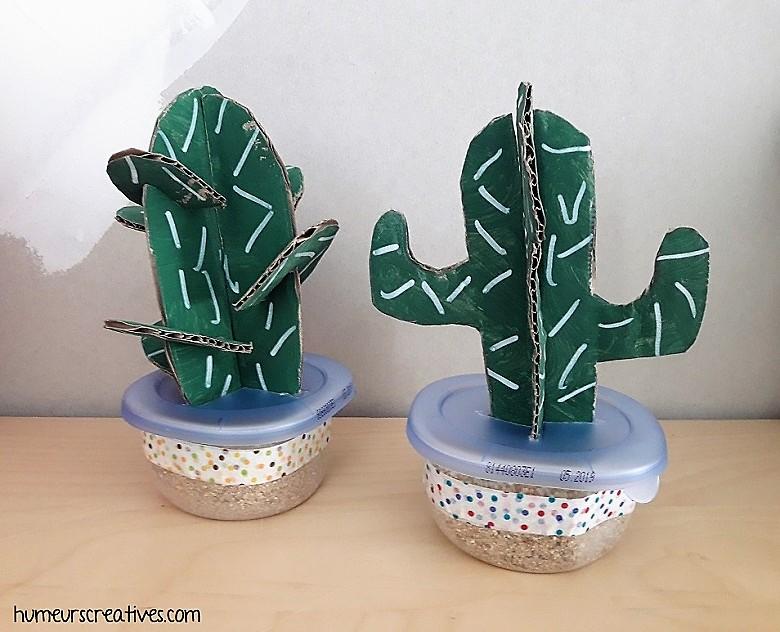 cactus en 3d réalisé en carton et en peinture