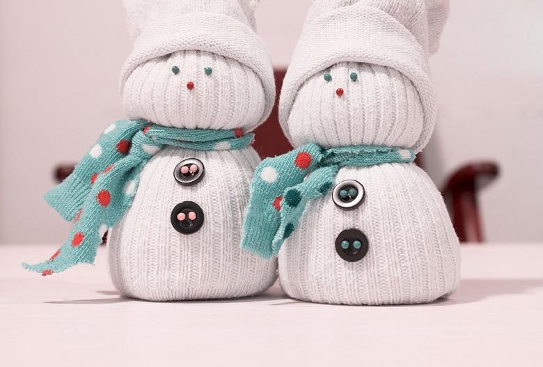 diy bonhomme de neige avec des chutes de tissus