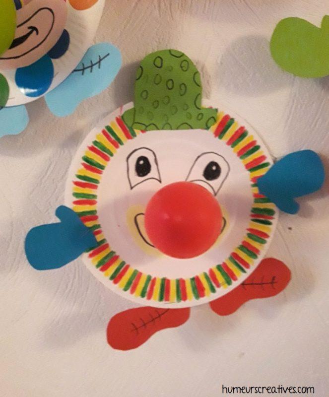 bricolage mardi gras : un clown en assiette en carton