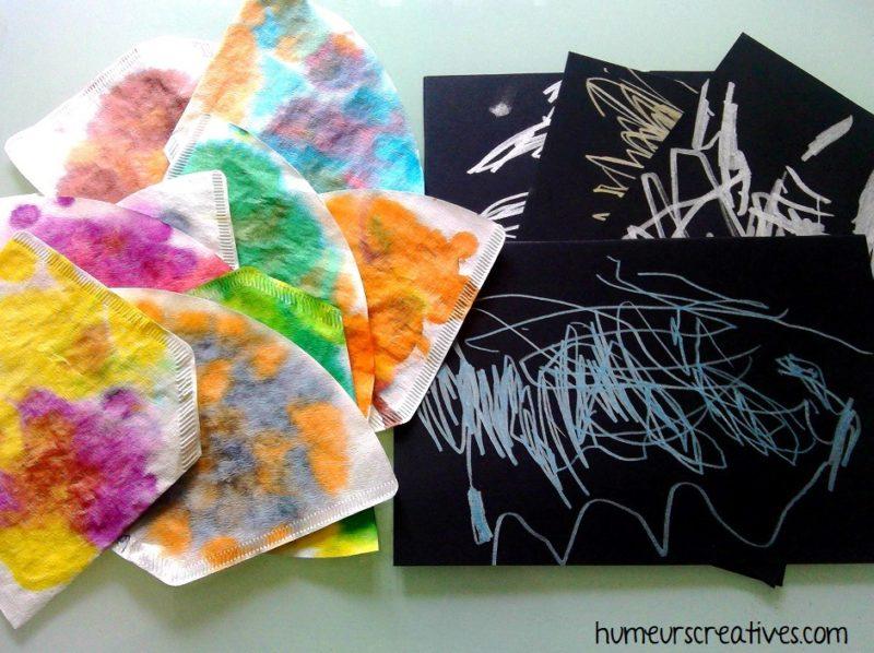 filtres à café décorés avec de l'encre et feuille de papier noir décoré avec des feutres