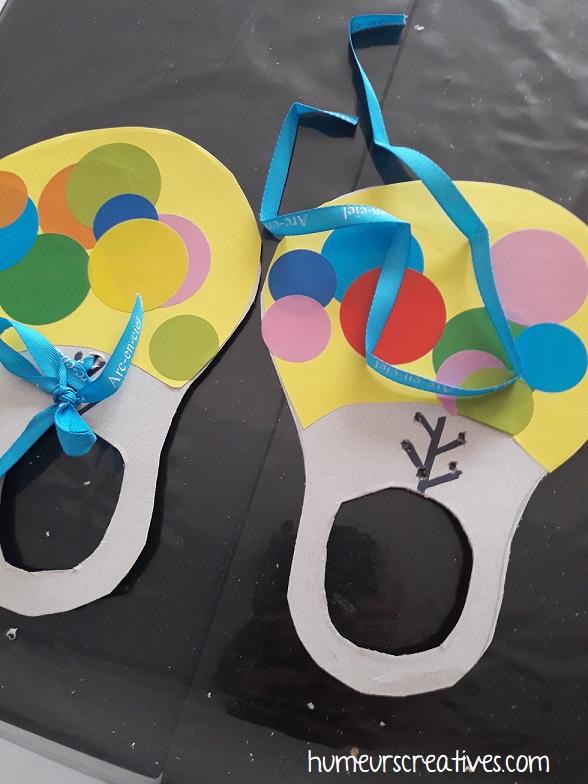 insérer les lacets des chaussures de clown
