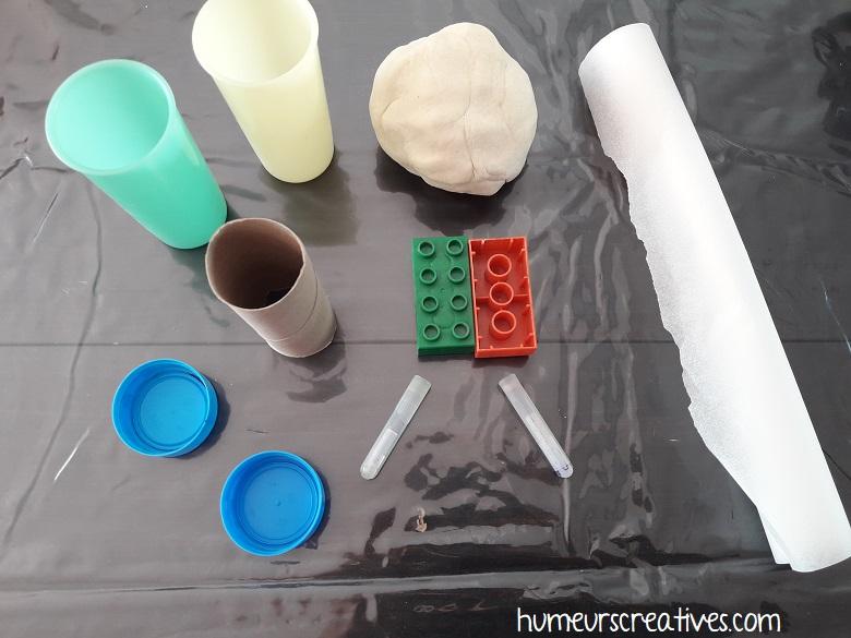le matériel utilisé pour réaliser des oeufs de paques en pâte à sel