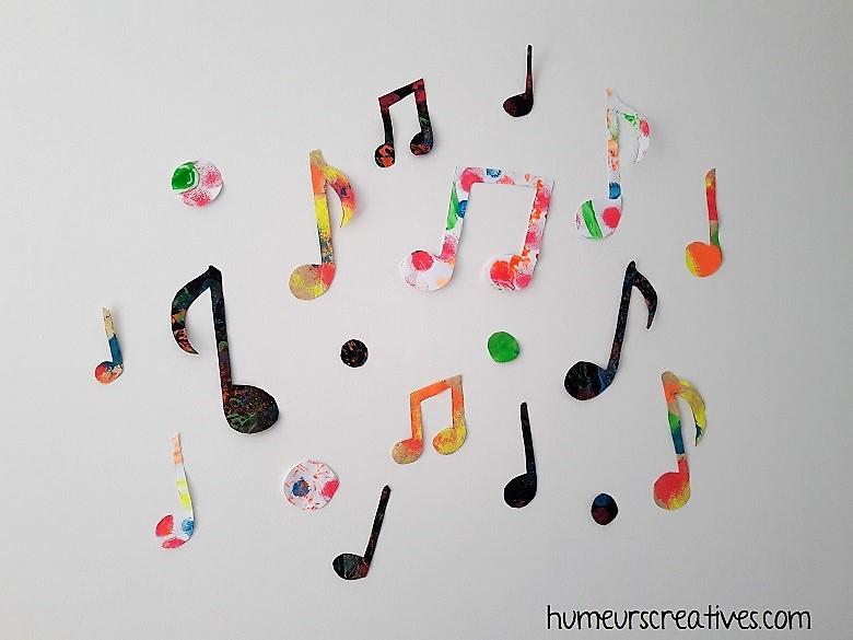 création de notes de musique en peinture avec les enfants