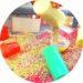 Activité enfant : recette du riz coloré et bac sensoriel