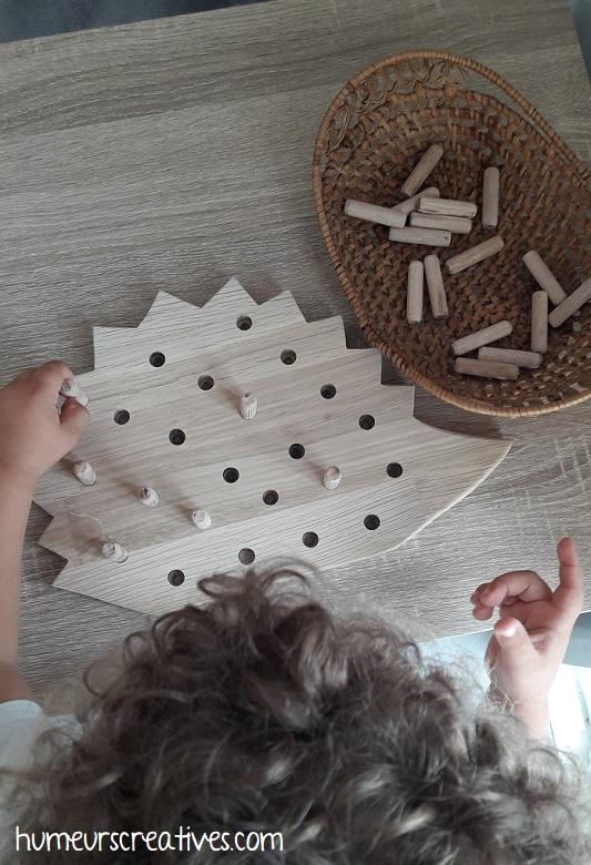 jeu hérisson en bois pour enfants - jeu à enficher