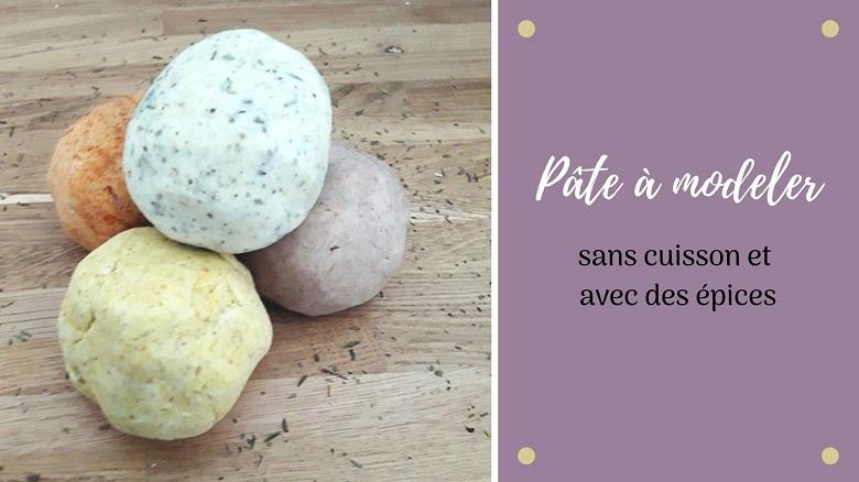 recette de la pâte à modeler sans cuisson, comestible et aux épices. Une pâte à modeler idéale pour les bébés et les enfants en bas âge