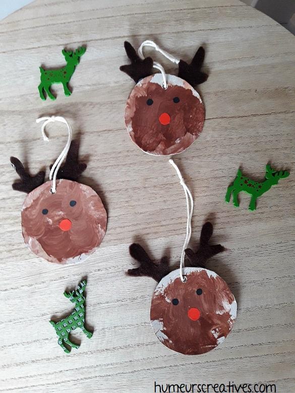 suspension de noel en forme de renne réalisées par les enfants