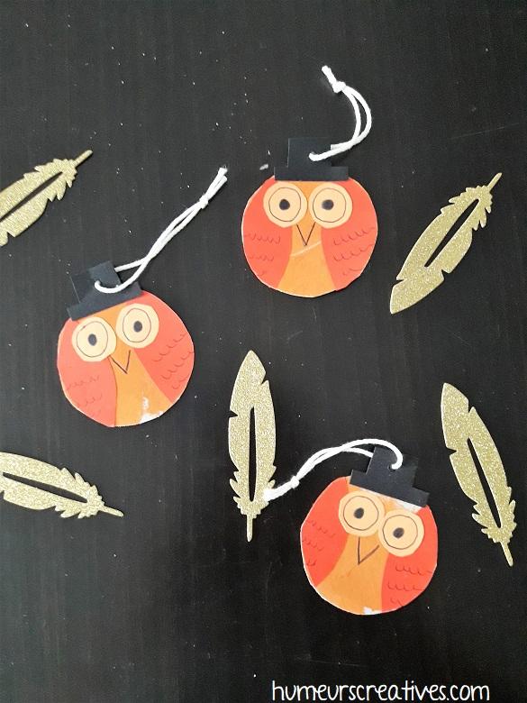 suspension de noel en forme de hibou réalisées par les enfants