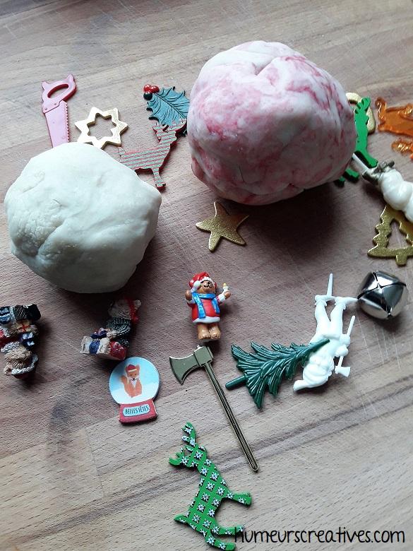 jeu de noel pour enfants : retrouver des objets de noel dans la pâte à modeler