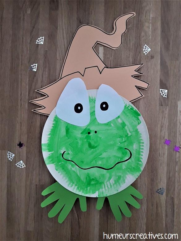grenouille d'halloween fabriqué avec une assiette en carton