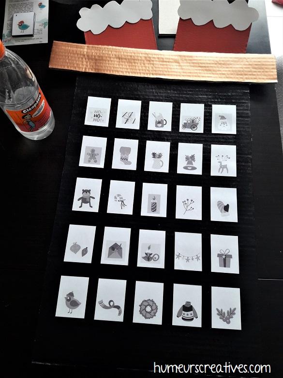 collage des cartes de mémory sur le carton